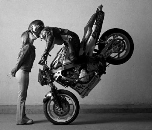 motociclista coccoloso.jpg