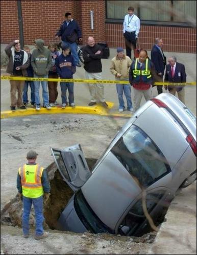 car-hole-ss2.jpg